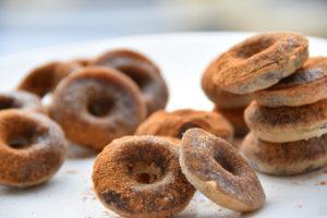 Glutenvrije kaneel muffins van bakbananenmeel
