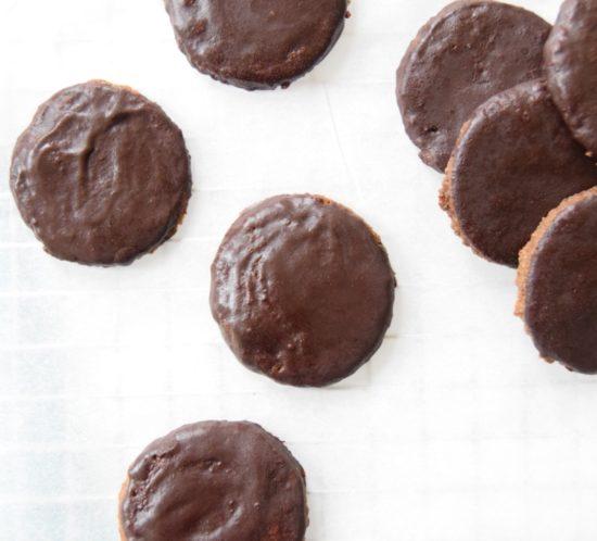 Glutenvrije chocolade koekjes van bakbananenmeel