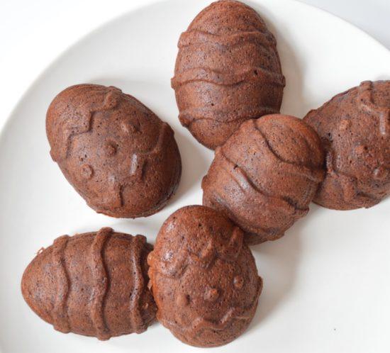 Chocolade Paas cakejes van bakbananenmeel